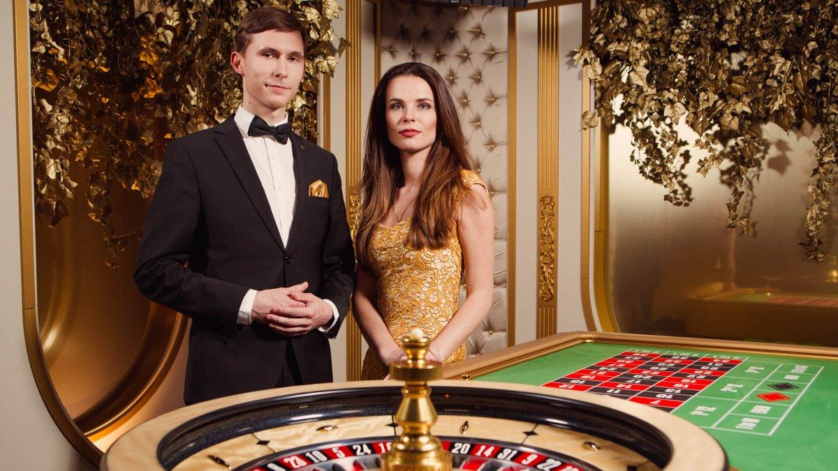 Casino online chat спортивный покер играть онлайн
